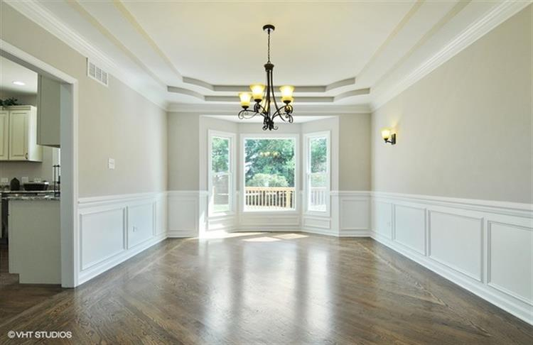 Naperville Wainscoting 2